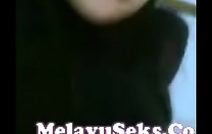 Video Lucah Isteri Berlakon Macam Perempuan Jalang Melayu Se (new)