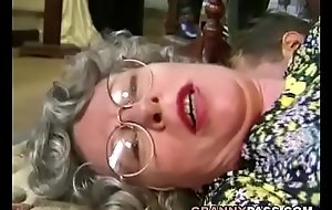 German Granny Can'_t Dangle Give Fuck Youthful Delivery Guy