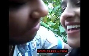 lover mating in park -Xleela.com