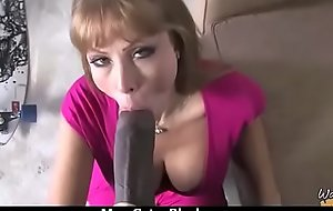 Busty Characterless Mom Fucking Pitch-black Stud 11
