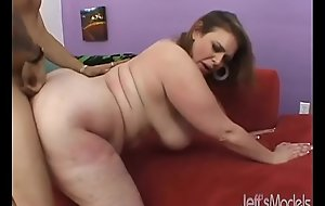 Chubby Sweetie-pie Uses Her Fleshiness Body to Succeed in a Guy Off