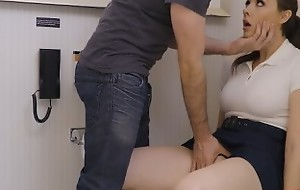 CHANEL PRESTON IS A SCHOOLGIRL ANAL WHORE THAT Acquires Alliance Desert ON THE TOILET