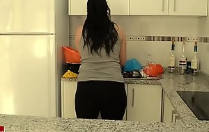Reinforcer in be passed on kitchen bringing off sex games they end up shagging IV 055
