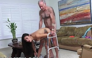 BLUE PILL MEN - Grandpa Popping Pills and Fucking Parsimonious Lalin girl Teen Pussy!