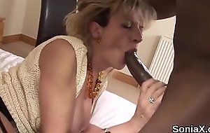 Most important uk mature lady sonia unveils her huge chest