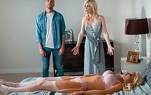 Blonde-haired sex doll bonks taking chick and then her economize