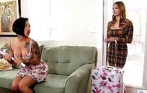 Your Step Daughter watching us?! - Katie Morgan, Quinn Wilde and Honey Gold