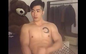 Asian muscular man masturbating deric777 part.1