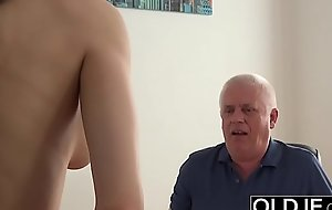 Young Cookie Drilled by Old Man In Office Deepthroat Blowjob and Jizz flow