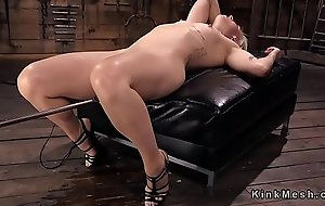 Blonde has squirting orgasms on fucking machine
