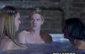 Brazzers - Brazzers Exxtra - Anissa Kate Aruba Jasmine Peta Jensen plus Ryan Ryder - Storm of Kings Parody Behind the Scenes